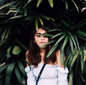 🌿 | 📷@ifyancancook . . . . . . . . . . . . . . #wearitloveit #effortlessstyle #bestylish #pomelofashion #trypomelo #fashionstatement #vsco #vscocam #clozette #clozetter #stylegram #stylexstyle #ootdwatch #sgbloggers #sgfashion #ambstyle #realoutfitgram #streetstyle #streetphotography #fashionaddict #chicstyle #lotd #wiwt #momentsofchic #prettylittleiiinspo #fashiondaily #ootd #ootdsg #styleiswhat #styleblogger