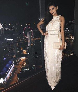 In this gorgeous gown by @batuabybarsha last night | Thank you @covetella for having me 🍾 #covetella #event #lastnight #redcarpet #stylexstyle #wiwt #ootd #ootdsg #ootdcampaign #ootdinspiration #lookbook #lookbooksg #vscocam #style #fashion #fashionista #fashionblogger #clozette #clozetter #zara #batuabybarsha #rosegoldishere #igsg #igfashion #instafashion #sgfashion #ferragamo #clozettexairasia #klfwrtw2016 #femalegp2016