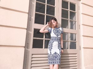 You can now raid my wardrobe at very affordable prices with @refashsg at POMO Mall and this porcelain printed dress is one of the many brand new or lightly worn pieces that you can get your hands on. 👗If you are looking at decluttering your wardrobe, you could also reach out to @refashsg to consign your clothing to Refash to conserve the environment and reducing clothes wastage to landfills. . . . . #clozette #streetstyle_singapore #stylexstyle #sginfluencer #livewithstyle #sgbeauty #ootdcampaign #styyli #vscofashion #sgigstyle #sgstyle #palytte #ootdsingapore #lookbook #ootdmagazine #classyandfashionable #fashionblogger #travelblogger #refashsg #wearlikenew