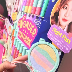 It's the Wonder Fun Park collection from @etudehousesingapore 💜💙💚💛❤️ Check out the pop-up store this weekend  @wismaatria atrium till 16/03 from 10am-10pm  and try out the Pretty pastel brushes , lip gloss , rainbow like highlighter and eyeshadows !  #clozette