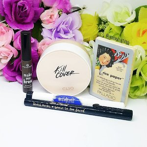 Good Afternoon guys! Been trying out these 5 products the past 2 weeks!  #clio Kill Cover Stamping Foundation #essence Make Me Brow #theesteeedit Shadow Stick #toofacedcosmetics Sketch Marker #palladio Rice Paper Blotting Tissue  Do drop by my blog for my thoughts on these items! (Link in Bio) Happy Sunday!  #clozette #igmakeup #instamakeup #sgmakeup #sgblogger #beautyblogger #bblogger #makeuplover #makeupaddict #makeupcrazy #makeupjunkie #makeupchat #makeupporn #makeuptalk #wakeupandmakeup #trendmood #sephora #meccabeautyjunkie #hudabeauty #flatlay #makeuphoarder #makeup #glam #instalike