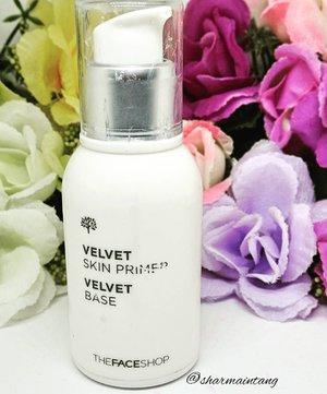My review of this Velvet Skin Primer from #thefaceshop is now up on my blog!(Link in Bio)  Find out how I feel about this primer after using it for 8 weeks!  Happy Thursday!  #clozette #igmakeup #instamakeup #sgmakeup #sgblogger #beautyblogger #bblogger #makeuplover #makeupaddict #makeupcrazy #makeupjunkie #makeupporn #makeuptalk #wakeupandmakeup #igers #flatlay #makeuphoarder #makeup #glam #instalike #sephora #meccabeautyjunkie #drugstore #primer