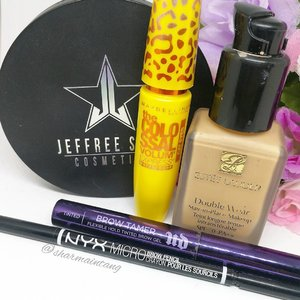 Relied on my trusty #esteelauder DW foundation for last night's Britney concert.  Coupled with #jeffreestarcosmetics Eclipse Skin Frost, #maybelline Colossal Cat Eyes mascara, #nyxcosmetics Micro Brow Pencil and #urbandecay Brow Tamer.  Having an easy Sat, gonna catch a movie with Hubs & some grocery shopping. What about you? What are your plans this Sat?  #clozette #igmakeup #instamakeup #sgmakeup #sgblogger #beautyblogger #bblogger #makeuplover #makeupaddict #makeupcrazy #makeupjunkie #makeupchat #makeupporn #makeuptalk #trendmood #meccabeautyjunkie #igers  #flatlay #makeuphoarder #makeup #glam #instalike