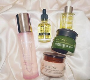 Loading on heavy creams and oils taking advantage of the cold weather. Also testing on new items like effector and bee propolis ampoule and so far so good - minimized pores, tighter skin and lesser fine lines . . . #clozette