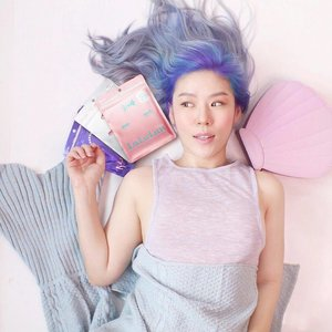 LULULUN SHEET MASK GIVEAWAY  All beauty junkies rejoice, I am giving away 2 Lululun gift sets worth $29.90 each!  Here's how to take part:  1. Follow @lululun_sg and me @cinddie  2. Tag your fave bae to win with, and score extra brownie points if you tell us why!  We're giving away two sets to one pair of winners so each of you will walk away with a set containing 16 sheet masks! Open to Singapore residents only, and winners will be announced on 5th May. Check out my instastories to learn more about the gift set! ________________________ Keeping my skin fresh, bright and hydrated with @lululun_sg 's daily masks which comes in really convenient packs of 7s and 32s/42s. As part of their launch promotion @watsonssg, you'll receive a Lululun limited edition premium strawberry daily mask (7s) worth $7.90 with a purchase of either of their  hydrating, deep moisturizing or whitening daily mask sets. (valid while stocks last) • • • • • #mermaid #mermaidhair #hair #swag #pursuepretty #fashionpost  #styleblog #fashionblog #bblogger #singaporeinsiders #sgig #igsg #instagramsg #instasg #igerssingapore #instabeauty  #fblogger #instablogger #igblogger #singapore #sgblogger  #makeupblogger #singaporeinsiders #sgcontest #contestsg #sggiveaway #giveawaysg #welovecleo #clozette #skincare