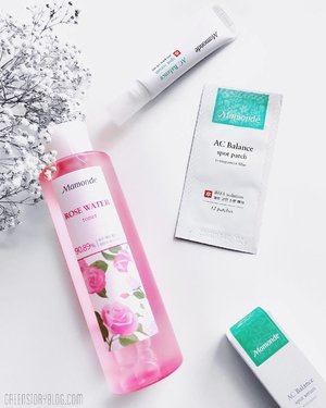 Did you guys noticed that the flower inspired brand @mamondemalaysia is now available online at @11streetmy? They're having a lot of promos, online exclusive product and bundles to celebrate their launch (details on the blog, direct link in bio). I bet you don't want to miss out grabbing those exclusive deals. At least you should grab the rose water toner (or the bundle that comes with the Rose cleanser). Check them out ASAP peeps.  _____ #mamondemyx11streetlaunch #MamomdeMalaysia #11streetmy #Mamonde #greenstory