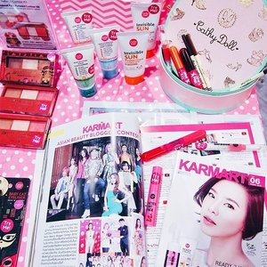 Makeup heaven 😍 //Pretty, adorable, and affordable makeup from Karmart. Thank you @samplestore for the invite last week! I am excited to be participating in Karmart's contest once again! It was so fun last year I just had to take part again and challenge myself 😁😁💕 // P/s: Look out for my YouTube videos ☺️ . . . . . #beauty #makeup #pink #clozette #karmart #karmartcathydoll #cathydoll #samplestore #event #flatlay #makeupflatlay #instagood #art #artsy #artistic #clozette #clozetter #starclozetter #instabeauty #instamakeup #pretty #girly