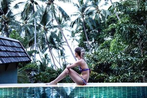 Felt like it was just yesterday when we arrived. Now, a week had gone by so quickly. It has been a blissful week.  Thank you, @fskohsamui for spoiling us. We wouldn't want it any other way ❤️ . . #summervacation #vacationisover #backtoreality #summer #fskohsamui #divagoestothailand #divainmetravel #travelblogger #blogger #poolside #sunsetview #sunset #uniquehotels #viewfrommyroom #fourseasons #lifeisabeach #fbf #luxurytravel #clozette #clozettetravel