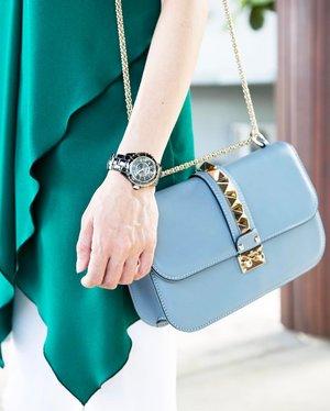 Note to self: Time's precious. Use them wisely.. . .  http://liketk.it/2qCbj  @liketoknow.it #liketkit #greenisthenewblack #green #blogger #malaysianblogger #justinyapcollection #valentino #valentinorockstud #chanelj12 #chanel #fashion #fashionista #fashionblogger #fashionphotography #clozette #ootd #latergram #accessories #instafashion #instadaily #timeisprecious #notetoself