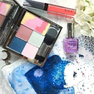 It's time for the stars to shine~ and I'm getting starry-eyed just seeing this Christmas Kit ($123) from @rmkofficial ✨🤗✨The set comes with a gorgeous eye and cheek palette, lip gloss & nail colour as well as a pouch all in a galaxy theme specially designed by Idoia Montero 😍 Available from 4 Nov onwards.  #rmk #idoiamontero #japanese #palette #lipgloss #nailpolish #beauty #beautyblog #beautyblogger #clozette  #beautyaddict #bblogger #instabeauty  #makeup #makeupjunkie #makeupaddict #makeupstash  #beautyjunkie #trendmood #skincare #skincareblogger #christmas2016 #christmasgift