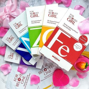 Have you tried out these new masks from For Beloved Girl? They're available at Sephora, and cater to a wide array of skin concerns, such as all-day oil control, moisture, tight v contour, anti-ageing, brightening, and revitalising with different key ingredients. Available at Sephora for $16 for a box of 3 sheets. 🤗 - - - #forbelovedgirl #sephora #sephorasg #facemask #mask #skincare #skincareblogger #clozette #instabeauty #igbeauty #slave2beauty #slave2beautyy #forbelovedone #skincareroutine #skincarejunkie