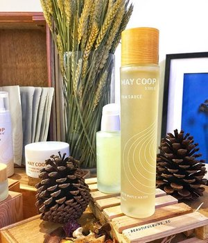 "New in: May Coop is now available in Singapore under the Ecoluxury umbrella of brands. The ""clean"" kbeauty brand features tree sap in place of water in its products, and feels AND smells so good! Check out this product's name - Raw Sauce functions as a toner, moisturiser and serum. Try it out at Tangs for yourself 🌲💦---#maycoop #ecoluxury #kbeauty #koreanskincare #instakorea #instaskincare #igskincare #skincare #kskincare #skincareroutine #skincarejunkie #clozette #beautygram #slave2beauty #slave2beautyy #rawsauce #toner #serum #moisturiser"