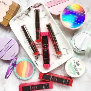 New in: Etude House's Lip Rich Vivid Tint contains plant-derived ingredients such as phyto-squalane and shea butter to deeply moisturise your lips while delivering richly pigmented colours! Pick from 10 shades, $20.90 each. 😘❤️ - - - #beauty #beautyblog #beautyblogger #clozette  #beautyaddict #bblogger #instabeauty  #makeup #makeupjunkie #makeupaddict #makeupstash  #beautyjunkie #trendmood #skincare #skincareblogger #makeuphoarder #igbeauty #sgigbeauty #etudehouse #etudehousesg #에뛰드하우스 #anycushion #bbcushion #lips #liptint