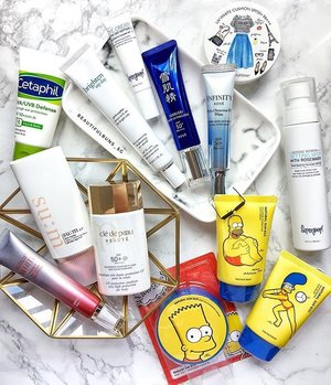 'Tis a a bright and cheery Sunday 😎☀️ don't forget to load up on the sunscreen tho! Check out these newly launched sun protection products if you're in need of a new one~ 🤗---#sunscreen #sunblock #spf #sunprotection #sum37 #cetaphil #kose #supergoop #cledepeau #astalift #thefaceshop #thesimpsons #philosophy #clozette #skincare #skincarejunkie #skincareblogger #skincareroutine #instabeauty #igbeauty #instaskincare #igskincare
