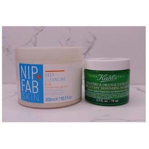 "Tonight, my favorite combo😌🍃💚 •Nip+Fab Skin Deep Cleansing Fix •Kiehls Cipantro&Orange Extract Pollutant Untuk Nip+ Fab kalian bisa dapatkan di www.benscrub.com, dapatkan potongan sebesar 50.000 dengan code aku ""BABEVIENA"" . . . . . . . . #vienarissanty #skincare #nightcare #nipfab #kiehls #clozette #clozetteid #beautyblogger #indoblogger #skincarejunkie #nightskincare #instagram"