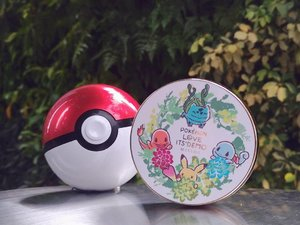 I choose YOU!  Check out my blog for a mini review on the Pokemon Love @itsdemo_official @missha.official Magic Cushion Moisture ❤ Link is on my profile!  Side note: How cute and perfect is the pokeball charger my bestie @tammyjtew got for me?! 😍❤ #sozmybestieisbettathanyours #kiyoreview #igsg #clozette #sgig #makeupsg #igdaily #pokemon #itsdemo #イッツデモ #ポケモン #コスメ