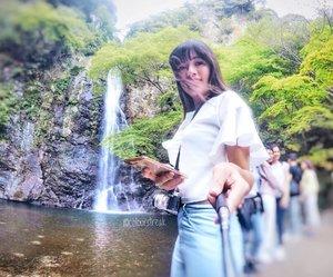 Hiked all the way to this gorgeous Minoo waterfall even in spring ❤️ #minoo #minoopark #minoowaterfall #osaka #osakajapan #osakatravel #nature #naturepark #naturewalk #allitravel #travel #throwback #travelgram #travelogue #travelstoke #wanderlust #goprohero4 #gopro #gopronation #goproeverything #japantravel #japanloverme #clozette #exploringjapan #springbreak #minohfalls