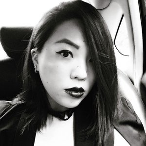 blood type: jet black with a hint of sparkle // breakfast meetings, crazy weather, special deliveries, and the most precious video conversation 🖤 hang tough, my superhero x  #selfie #black #blackisthenewblack #fashion #fashiondiaries #instafashion #outfit #ootd #wiwt #style #streetstyle #clozette #aotd #accessories #jakimac #jewellery #burymeinleather