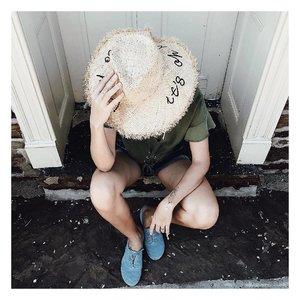 Hat is on #ootd #outfitoftheday #lookoftheday #Sgootd #fashion #fashiongram #style  #beautiful #currentlywearing #lookbook #wiwt #singapore #whatiworetoday #ootdshare #ootn #wiw #fashionista  #instastyle #Lotd #instafashion #outfitpost #fashionpost #todaysoutfit #fashiondiaries #sglookbook #clozette #ootdsg #styleforstyle #fblogger #styleblogger