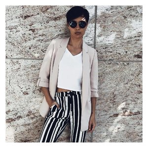 Stripes are in the house! ✨ #ootd #outfitoftheday #lookoftheday #Sgootd #fashion #fashiongram #style  #beautiful #currentlywearing #lookbook #wiwt #singapore #whatiworetoday #ootdshare #ootn #wiw #fashionista  #instastyle #Lotd #bershkastyle #outfitpost #fashionpost #todaysoutfit #fashiondiaries #sglookbook #clozette #ootdsg #styleforstyle #fblogger #styleblogger
