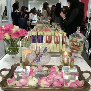 Thank you @pixibeautyuk for inviting me to the launch of @pixibeauty Spring Collection. #pixibeauty #pixibypetra #skincare #makeup #beauty #MyRomana #clozette #london #coventgarden