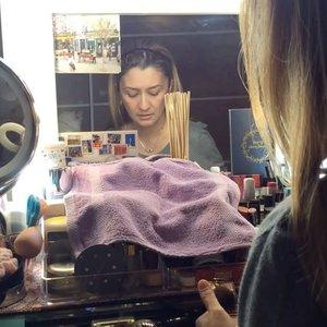 🎵Dreams-Joakim Karud🎵 • • • • #MyRomana #clozette #makeupaddict #discoverunder100k #joakimkarud #joakimkarudmusic