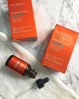 "@bywishtrend Pure Vitamin C 21.5 Advanced Serum First on was sent to me by @hermomy  Bought one over the weekend cos I (kinda) like it. Check out my honest opinion on my #beautysnapchat and see my HERMO haul. I won't get include this in my list of ""RomanaRecommends"" for reasons I mentioned on #snapchat  Fyi I placed my order on Sunday and received my parcel this morning. My 1st time shopping with Hermo. • • What did you get from the Hermo sale? What should I check out? Suggestions please. • • #MyRomana #clozette #hermomy"