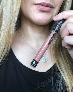 "@katvondbeauty Everlasting Liquid Lipstick in ""Ludwig"" Described as ""a nude fawn"". It is wearable nude with a warm pink undertone. I'm not sure if this is a new formula but this feels amazing! Extremely lightweight and hydrating. It is as though I've not got any liquid lipstick on at all. #MyRomanaLipSwatch #RomanaRecommends #MyRomana #Clozette"