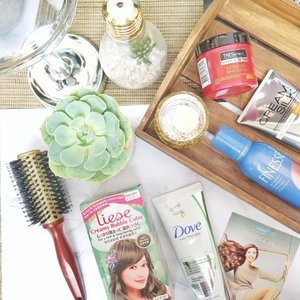 Achieve your #hairgoals not only by changing the color of your hair but also by learning how to pick and use the right products and treatments.  When I want something new, I DIY color my hair with @liesephilippines and style with #FinessePH.  For treatments, I use @dove Hair fall rescue, @creamsilkph #TripleHairExpert (daily treatment), and @tresemmeph Keratin Smooth (during weekends). It's super easy to style and take care of our hair na since #WatsonsPH is complete with all these products :) What's your favorite na pang hair sa Watsons? ☺️ #WatsonsHairGoals #clozette #shesingsbeauty