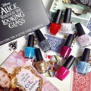 Been mesmerized for the whole of my Saturday with special #OPISgxDisneyAlice collection! Featuring 8 stunning shades and 1  special edition lacquer one (matte black with silver shreds) inspired after the movie's villain Time! ♠️All eyes on me: pastel powder blue ♥️Oh my majesty: pearly whitish alabaster.. Great as a top coat to add sheen on matte base colors ♣️What's the hatter with you?: one of my fave! A burgundy wine purple hue ♦️I'm gown for anything: lilac pink, as pretty at our heroine Alice ♠️Fearlessly Alice: a poppish cerulean blue for a pick-me-up ♥️A mirror escape: shimmery liquid opulent gold. Major prettiness 😍 ♣️Having a big head day: bold traffic-stopping red, not for faint-hearted ♦️Mad for Madness sake: sexy hot Fushcia pink! Currently available in selected #Watsonssg, departmental stores and #OPI salons ... Tick tock, get it while it's hot! #clozette #nailswag #nailstagram #alicethroughthelookingglass #limitededition #beautynews #flatlay