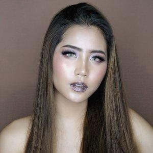 "What about straight hair?🤔🤔 aku gak catok loh ini cuma pake hairspa di rumah trus keringin pake hairdryer. Smooth banget kaan?stay tune besok ada video genit💖💖 . . On my lips : @lagirlcosmetics @lagirlindonesia Metallic Lipstick in the shade ""GALVANIZE"" my fave. MY FAVE!!😍😍😍😍😍😍krezi. I also use their cream highlight so glowy😭😭😭😭😭 . . 📸 SONY A6000 . #ivgbeauty #indobeautygram #beautynesiamember #clozette #clozetteid #lagirlindonesia #lagirlcosmetics #metalliclipstick #beautyjunkie #beautyjunkies #metalliclips #instamakeupartist #makeupporn #makeuppower #beautyaddict #fotd #motd #eotd #makeuptutorial #beautyenthusiast  #makeupjunkie #makeupjunkies #beautyvlogger #wakeupandmakeup #hudabeauty #featuremuas #undiscovered_muas"