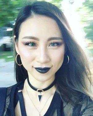 ✖️🖤✖️🖤 #throwback to my #photoshoot  yesterday #ladies_journal  #fotd #motd #edgy #clozette #clozetteid #makeup #beauty #gothic #killstar