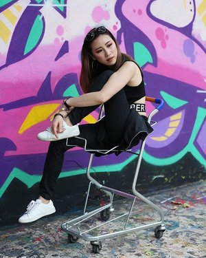 """Be your own kind of beautiful""  It has been few years knowing you as my friend, who always have a great heart and supportive to everyone. 📸 by @ai_impressions ❤️ ------ #ladies_journal #streetstyle #fashion #ootd #clozette #clozetteid #edgy #graffiti #graffitiart #photography #igsg #sgig #AllTheRightLights"
