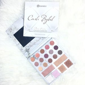 Finally Carli Bybel Deluxe Edition from @bhcosmetics is on my hands 💝💖 Means I have new thing to play wohooo 😜✌🏻 ----- #ladies_journal #bhcosmetics #carlibybelpalette #carlibybel #makeup #makeupgeek #makeuplover #makeupjunkie #beauty #beautygram #flatlay #clozette #clozetteid