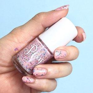 Colour Play! Art Play! Texture Play! #114 Nail polish by @etudehousesingapore  #ladies_journal #etudehouse #nails #clozette #clozetteid