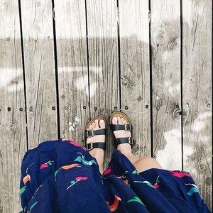 Get your toes ready for sandals season by heading over #ClozetteINSIDER for our top footcare tips for summer! // 📷 #ClozetteAmbassador @lexiepuzon