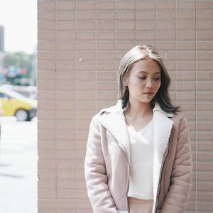 With the moody weather that we're experiencing, these chic jackets are the perfect solution. Check them out at #ClozetteINSIDER (tap the link in our bio). // 📷  #Clozetter @alyssatuangco