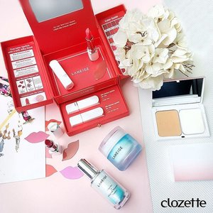 Good morning, ladies! Try this easy beauty look today: use @LaneigeSG's White Dew Range to brighten dull complexion, @ClarinsSG's White Plus Powder Foundation for a flawless canvas, and a dash of the reformulated Laneige Silk Intense Lipstick. #Clozette #ClozetteSHOTS #LaneigeSG #ClarinsSG