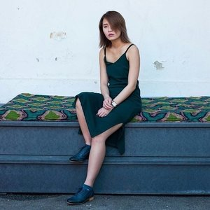 Simple, chic, and timeless. Want to know how you can gorgeously wear @Pantone's Greenery, and other green hues, like #ClozetteAmbassador @a.mandayong?  Then head over to www.clozette.co today for the inspiring looks we spotted in our Fashion Community!
