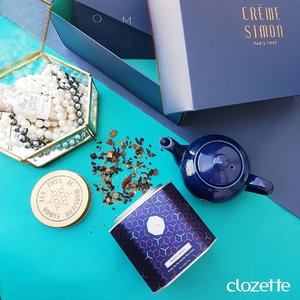 It doesn't get any chic-er than this! Can't wait to attend the official opening of @cremesimon's flagship store this evening. #Clozette #ClozetteSHOTS #CremeSimonSG #Caringforyousince1860