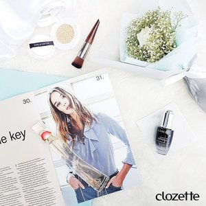 Good morning, ladies! We're doing a fresh face today, with our #StradivariusSG OOTD inspo: a touch of #LancomeSG Genifique Youth Activating Concentrate, a swipe of #MakeupForeverSG UV Bright Cushion; finished off with #KenzoSG's feminine floral scent. #Clozette #ClozetteSHOTS #SelfieReady #FlowerByKenzo #EauDeLumiere