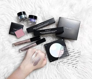 <NEW BLOG POST> If you missed out on my live preview for @inglotsingapore newest launch, fret not as I have it all covered #ontheblog (#linkinbio or winterchee.com) Prices, swatches and everything in between - Special mention to the newest Aquastic Cream Eyeshadow that are such a dream to work with. • #inglot #inglotsg #inglotsingapore #clozette