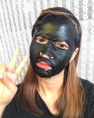 I tried korean black face mask! Review on my channel and link on bio~  #ootd #fashion #basicootd #tumblrposts #bloggerph #monochrome #tumblrgirl #tumblr #blackoutfit #blogger #youtube #youtuber #basic #fashionblogger #portrait #clozette #vscocam #vsco #ishootfilm #selfie #shootfilmstaybroke #artsy #creative #blog #artistic #artist #photography #bloggerstyle