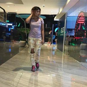 Tgif! Sequined camo jeans from @liquornpoker @asos #asseenonme #liquornpoker #tgif #instafashion #fashiongram #lookbook #lookbooksg #ootd #fashiondiaries #fashion #clozette #clozetteco #style #sgigfashion #outfit #stylegram #instafashionista #instaoutfit #instastyle #fashiondaily #outfitpost #instagood #photooftheday #wiwt #dailyig @top_insta_brandsy