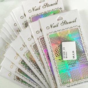 More reasons to do my own nails at home! #nailstencils #nailvinyl #bornprettystore #clozette #clozetteco #instanails #naildesigns #nailart #nailswag #nailsofinstagram #nailslover #nailgram #nails #nailartclub #nailstagram