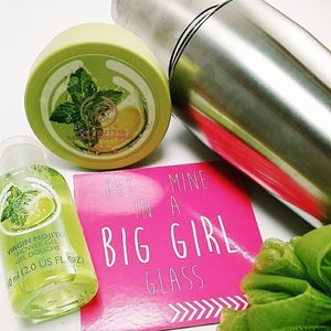 Only 8.30 am and it's so hot! I can't really have a chilled mojito right now so I'm staying refreshed with The Body Shop's Virgin Mohito Shower Gel and Body Butter. It's citrus scent is so invigorating! Perfect for my AM shower.  #igsg #sgig #instagood #thebodyshopsg #showergel #bodybutter #fromthebeautydesk #beautyjunkie #clozette #bodycare