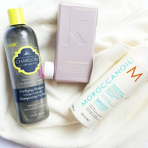 Current hair favourites that keep my scalp healthy and hair frizz-free - and that is saying something considering the humidity in Singapore! What's everyone's weekend looking like? Chilled night in for me coz next week is cray!  #fromthebeautydesk