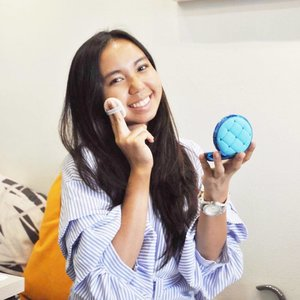 Current obsession: @physiciansformulamy's Mineral Wear ABC Foundation Cushion. With its feather light coverage, it naturally makes my skin glow ✨ #musthave  #bloggermalaysia #malaysianblogger #skincareroutine #beauty #blogger #bblogger #beautyblogger #physiciansformula #clozette #lifestyleblogger #beautysecret #alizasarareviews