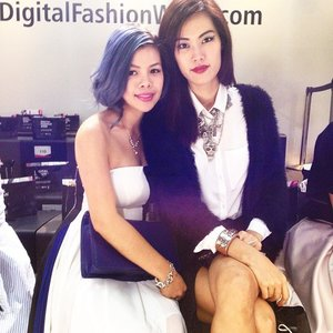 Love this girl! @msvalerielim Miss Universe Singapore 2011! 😘😘😘 We need to hang out soon! #DigitalFashionWeek #clozette #fashionblogger #ilovemyjob