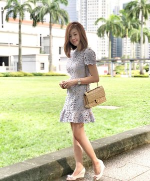 """Today's pretty frock from the @treslovechic wardrobe that takes me from formal meetups with clients to casual tea sessions with my babes. Promocode """"lecinlurve10"""" takes 10% off your shopping cart.  Ps. New launch for their Dressy Collection now in store. Www.treslovechic.com . . Pardon the messy locks. Did a hair flip and ended up looking like I just got outta bed.... 🙆🏻🙈 #ADvocates #treslovechic #OOTD #OOTDSG #streetstyle_singapore #stylexstyle #lecinlurveadv #sp"""
